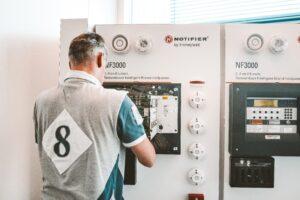 Basisbegrippen elektrotechniek en beveiligingsystemen